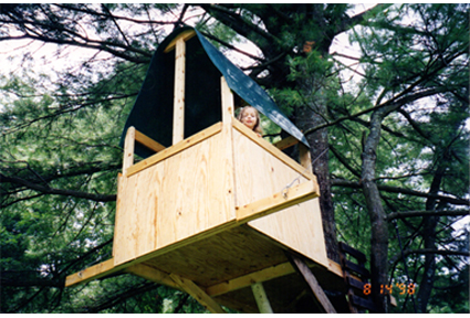 Cassie in tree house 3